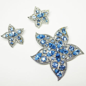 Sarah Coventry Blue Star Pin & Earrings - Blue Rhinestone Brooch and Clip on Earrings Demi Paure Set - Vintage Designer Signed Jewelry 1970s