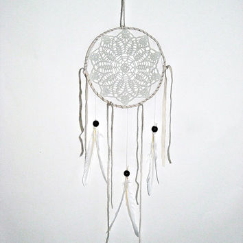 Dream catcher crochet lace, white doily, white feathers, cream leathers, hanging, white dreamcatcher, bohemian, home decor, large, beads