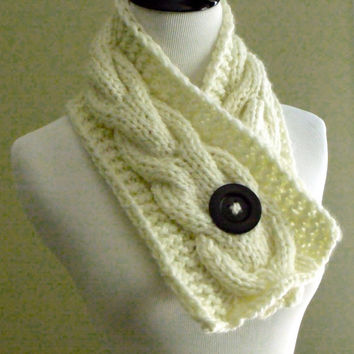 Women's Chunky Cable Knit Short Scarf in Off White, Cream with an Espresso Brown Natural Wood Button