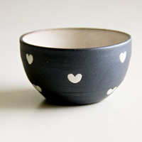 Ceramic Bowl in Black and White Hearts