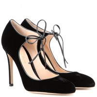 Jolene velvet pumps