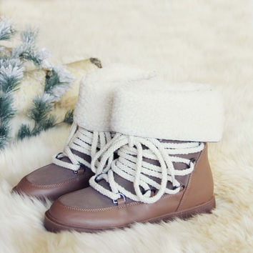 Nanook Snow Boots in Taupe