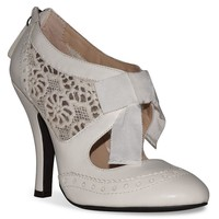 Dolce by Mojo Moxy Hokus Women's Lace Cutout High Heels