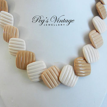 Square Lucite Beaded Choker//Necklace Tan//Cream Textured Lucite Disks Beaded