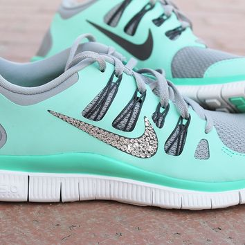 womens nike free 5.0 w/ swarovski rhinestones - light blue