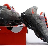 "Nike Air Max 95 OG ""Solar Red"" AT2865 100 40-46"