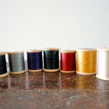 Vintage sewing thread lot of 7 wooden spools in fall colors