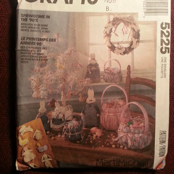 Uncut 1991 McCall's Sewing pattern, 5225! Easter Home Decor/Baskets/Stuffed Bunny Rabbits/Chicks/Stuffed Toys/Spring Decor