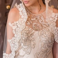 Cream wedding veil, Champagne  bridal veil, Cathedral lace veil Mantilla, Beaded Lace
