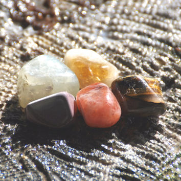 SOLAR PLEXUS CHAKRA 3rd Power & Confidence Grade A Natural Tumbled Polished Stones Citrine Moonstone Mookite Sunstone Tiger Eye