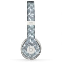 The Knitted Snowflake Fabric Pattern Skin for the Beats by Dre Solo 2 Headphones