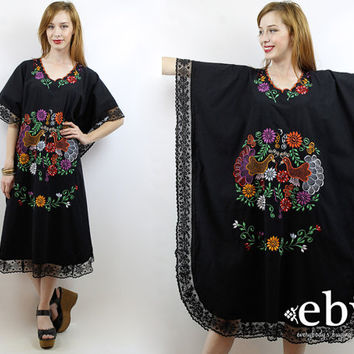 Hippie Dress Hippy Dress Festival Dress Mexican Dress 70s Caftan 70s Kimono Vintage 70s Black Mexican Embroidered Maxi Caftan Dress S M L