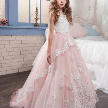 Pink Ball Gown Flower Girl Dresses 2017 Butterflies First Communion Dresses For Weddings Kids Evening Gowns Baby Dress M2831