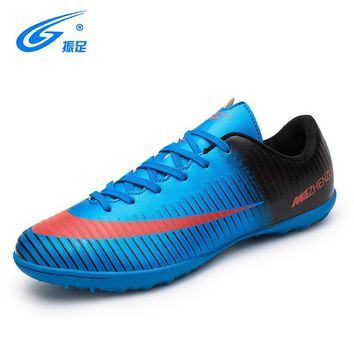 ZHENZU 2018 Men Boys Kids TF Football Shoes Soccer Cleats Soccer Boots Children Training Football Boots 28-35 Chaussure De Foot