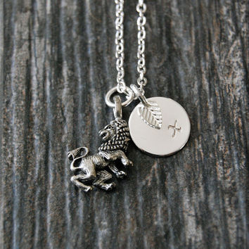 Silver Leo Zodiac Charm Necklace, Lion Initial Charm Necklace, Personalized, Zodiac Horoscope Sign, Aquarius Pendant, Zodiac Leo Jewelry