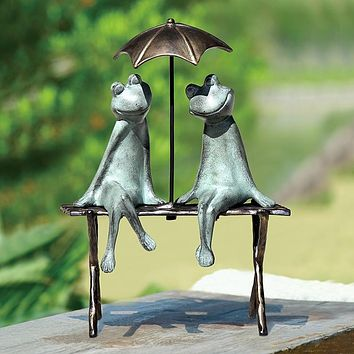 Frog Couple Lovers on Bench Romance Big Smiles with Umbrella Garden Statue Metal 18.H