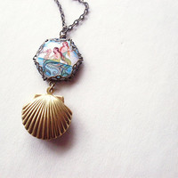 Gold Mermaid Necklace Mermaid Locket Mermaid Charm Necklace Mermaid Jewelry Gold Seashell Locket Sea Shell Locket Seashell Necklace