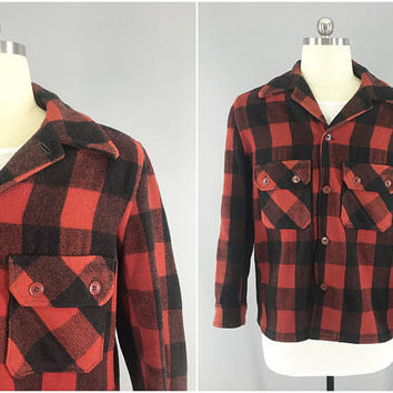 1950s Vintage Flannel Shirt / Red and Black Plaid Shirt / Vintage Mens Shirt Jacket / Size L 42 - 44 / Unbranded / Lumberjack Shirt