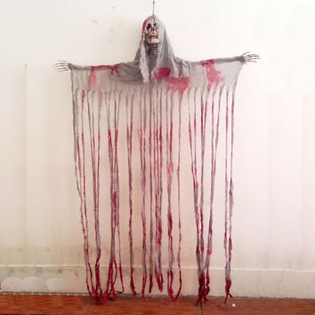 Bloody Hanging Reaper Skull Head Curtain with Battery Operated Eyes Halloween Decorations