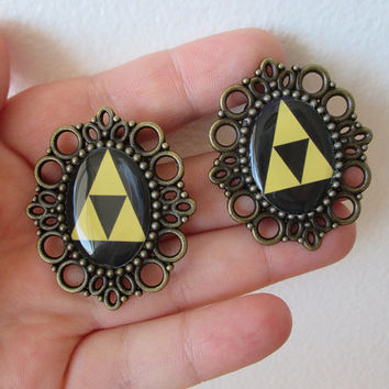 Legend Of Zelda PLUGS - TRIFORCE  Plugs - 00g / 10mm Plugs - For gauged ears :)