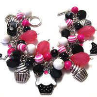 CUPCAKES Charm Bracelet Handmade Beaded Black and pink