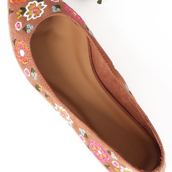 Bamboo Suede Floral Embroidery Pointy Toe Flat | UrbanOG