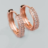 Zora Huggie Hoop Earring In Rose Gold