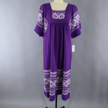 Vintage 1970s Embroidered Mexican Maxi Dress / Purple & White Caftan