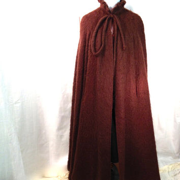 SALE !!! 1960s brown mohair cape/ poncho S/M