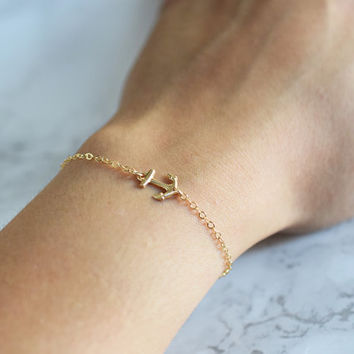 Sideways Anchor Bracelet, Gold Anchor Bracelet, Dainty Bracelet Gold, Dainty, Gold Anchor Jewelry, Anchor Bracelet Nautical, Minimalist
