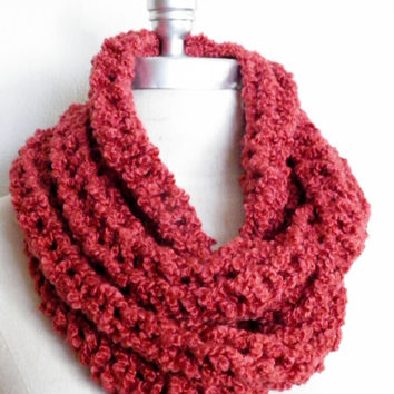 Coral Infinity Scarf, Fall Knitwear, Cowl, Chunky Knit Salmon Red/Coral Color, Fall Fashion