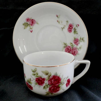 Porcelain Tea Cup Saucer Set Roses Pattern, Vintage Country Roses Cup, Cottage Chic,  Floral tea cup, Collectibles