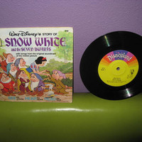 "Rare Vinyl Album Disney's Snow White and the Seven Dwarfs Book and Record 7"" LP 1977 Children's Classics"