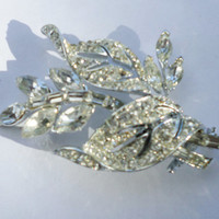Vintage Leaf Silver Tone Brooch  Clip On