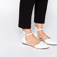 Warehouse Pointed Leather Flat Shoes