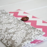Kindle Sleeve| iPad Case|Tablet Case|Laptop Case|Macbook Case in Grey Damask and Pink Chevron