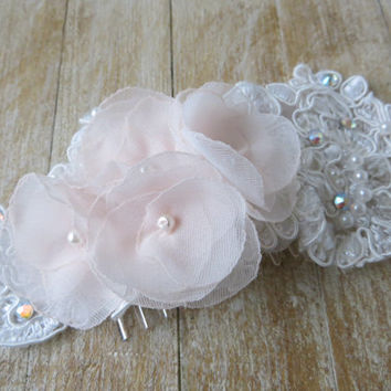 BLUSH PINK Bridal Hair Comb, Blush Roses & Lace Bridal Headpiece, Blush Head piece, Blush Weddings, Romantic Lace Headpiece, Style 0116