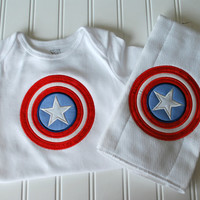 Avengers-Captain America Baby Gift Set Size 12 months