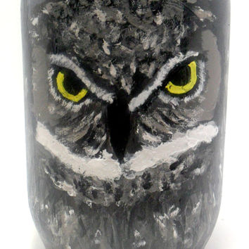 Painted Mason Jar with an Owl - mason jar gifts - home decor - decorated mason jar - gift ideas - painted glass jar