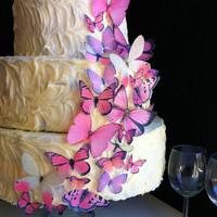 The Original EDIBLE BUTTERFLIES - Assorted Pink set of 30 - Cake & Cupcake toppers - Food Accessories