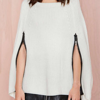 White Zippered Detail Knitted Cape