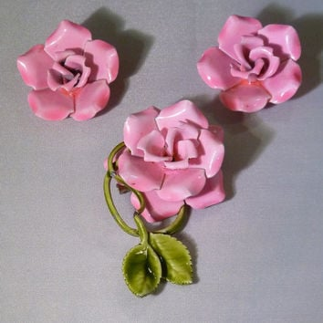 Vintage pink rose flower enamel brooch/ pin and earring sets 1960s painted costume jewely