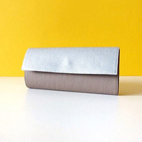 Silver and gray vegan leather wallet / womens wallet / vegan wallet / minimalist wallet / credit card holder / credit card wallet / gift for