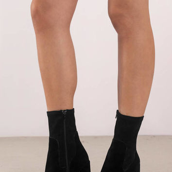 Chinese Laundry Charisma Suede Booties