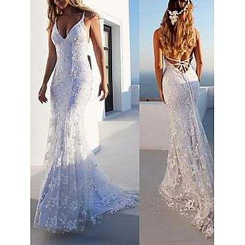 Mermaid / Trumpet V Neck Sweep / Brush Train Lace Spaghetti Strap Casual Backless Made-To-Measure Wedding Dresses with Appliques 2020
