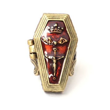 Vampire Coffin Locket Cocktail Ring Size 7 Antique Vintage Gothic RB42 Gold Tone Bat Casket