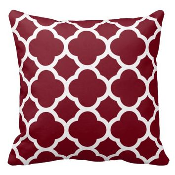 Fresh Picked Cranberries Red Quatrefoil Pattern Throw Pillow