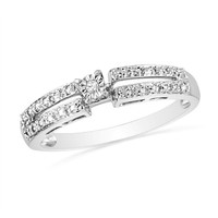 Sterling Silver Round Diamond Promise Ring (1/10 Cttw)
