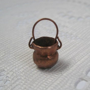Miniature Copper Pot, Hand Forged Copper Pot, Made in Mexico, Dollhouse  Kitchen Accessory