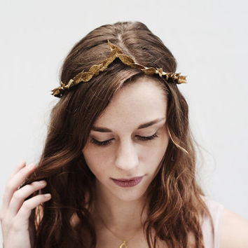 Thin Gold Leaf Crown, Arched Greek Goddess Leaf Crown, Bridal Headpiece, Greek Headpiece, Gold Leaf Headband, Gold Leaf Headpiece, Toga